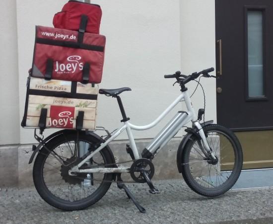 gobaX-Rad im Einsatz bei Joey's Pizza in Berlin