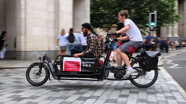 Endlich: Bundestag fordert freie Rikscha-Fahrt für alle!