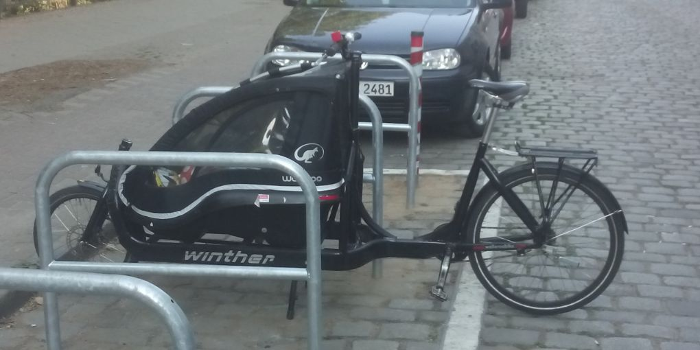 Lastenrad Parken Fahrradbügel