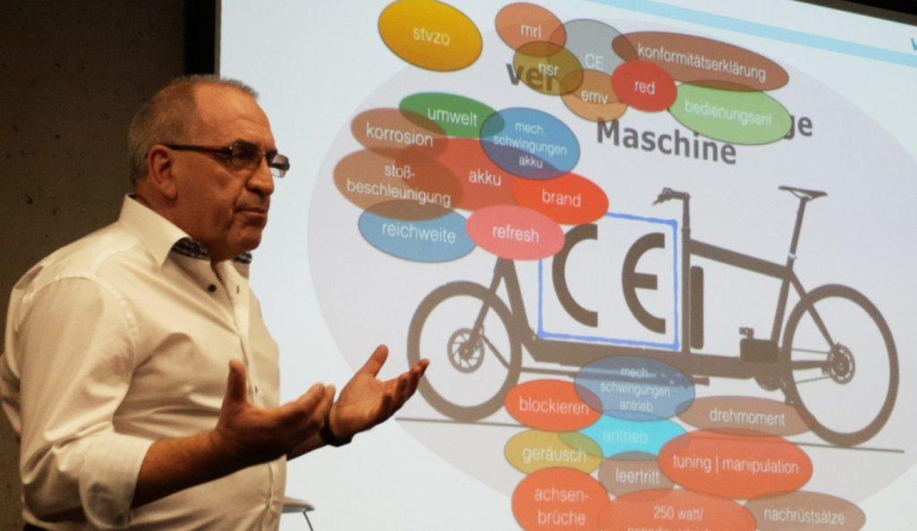 Ernst Brust mit E-Lastenrad